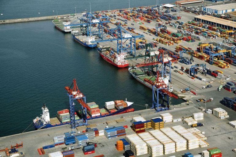 Se suspenden los envíos de «armamento» desde el Puerto de  Bilbao