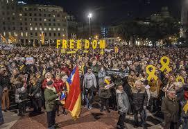 Catalunya vivió otra jornada de lucha: Huelga de estudiantes, corte de carreteras y manifestaciones masivas