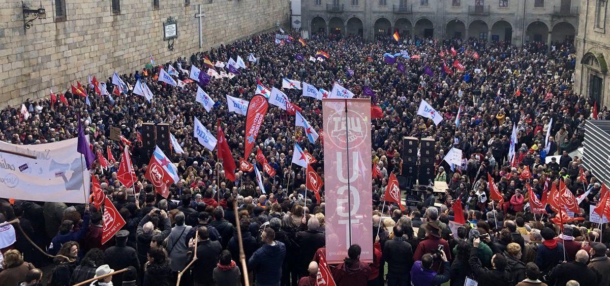 Históricas manifestaciones en Santiago,Teruel y Valladolid en defensa de una sanidad digna