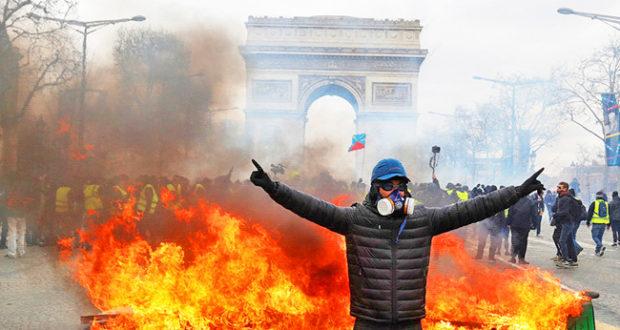 Francia, semana 18, Arde Paris.