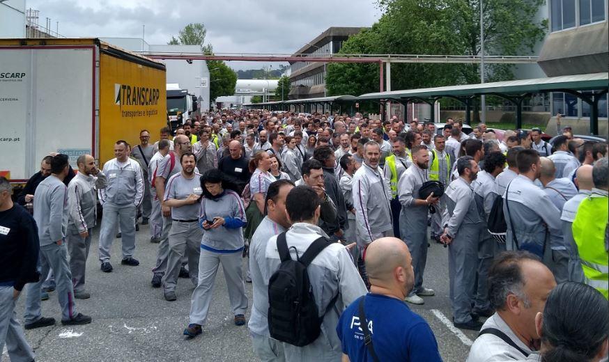 Una nueva huelga en PSA Vigo paraliza la producción de coches