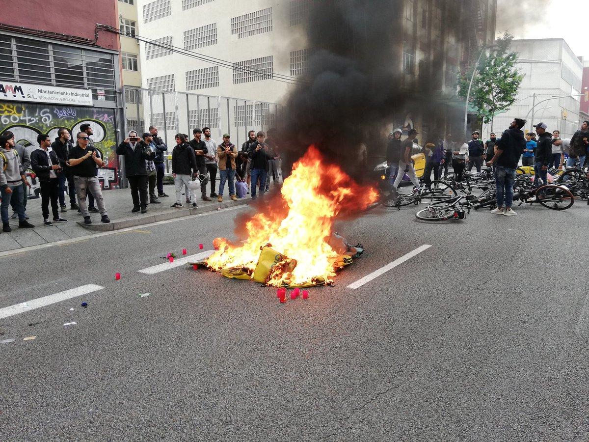 Riders se movilizan en solidaridad con el trabajador de Glovo fallecido en accidente laboral