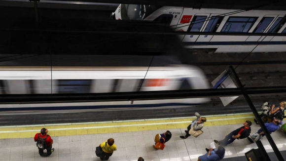 La gestión del amianto conduce a la huelga al Metro de Madrid y de Barcelona