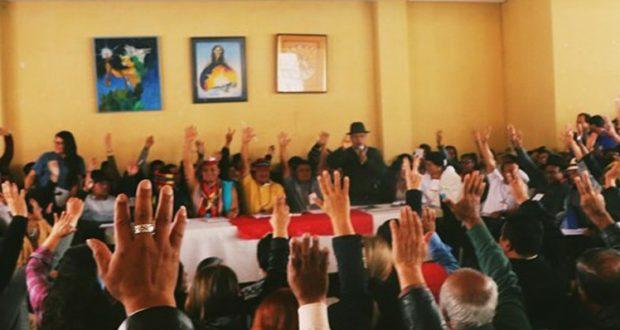 ECUADOR. Indígenas rompen con el gobierno y trabajan en su propio parlamento