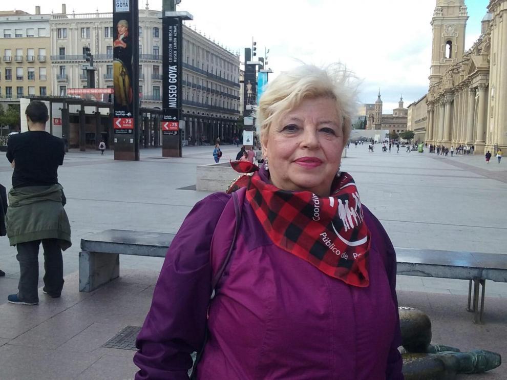 Vivir con una pensión: «Con 600 euros, si pago recibos, no como»
