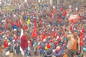 INDIA. Millones de trabajadores secundan una Huelga General