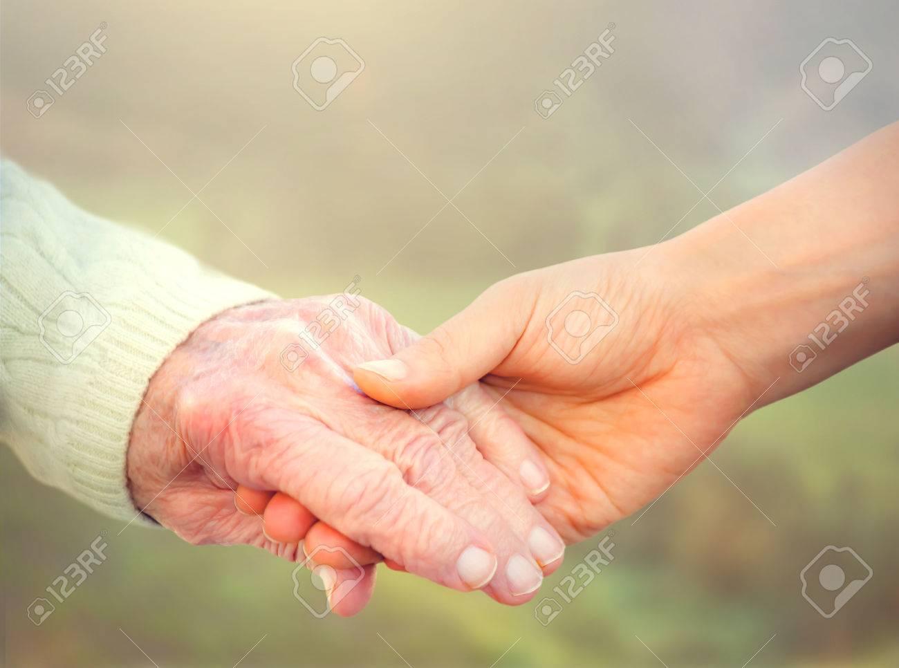 ¡¡Gobierne quien gobierne los mayores se defienden!!