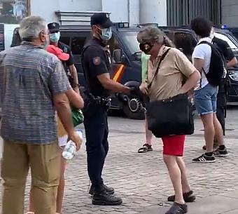 El policía tironero y el republicano detenido
