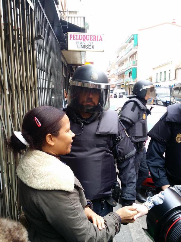 La Policía contra su pueblo, otra vez…