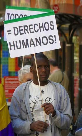 Esto ha ocurrido en Zaragoza. Que se entere todo el mundo. Que no ocurra nunca más. Justicia para Aliou