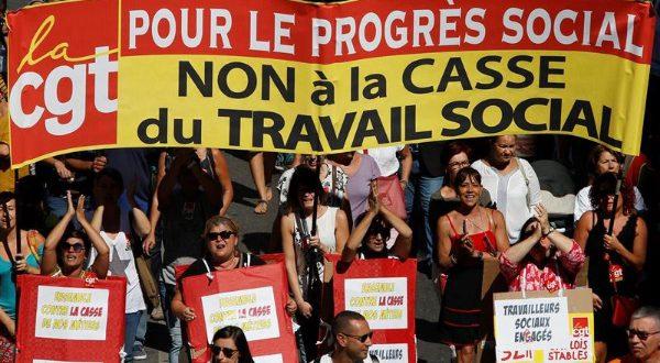 Videos. Los trabajadores franceses han protagonizado una nueva jornada de protestas contra la reforma laboral del Gobierno.