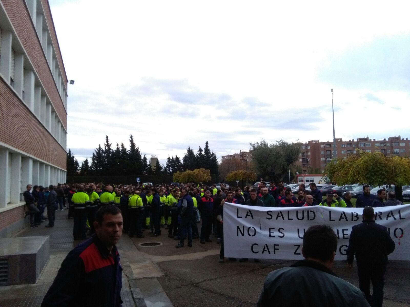 Movilizaciones en CAF Zaragoza porque, ¡¡la salud Laboral no es un negocio!!