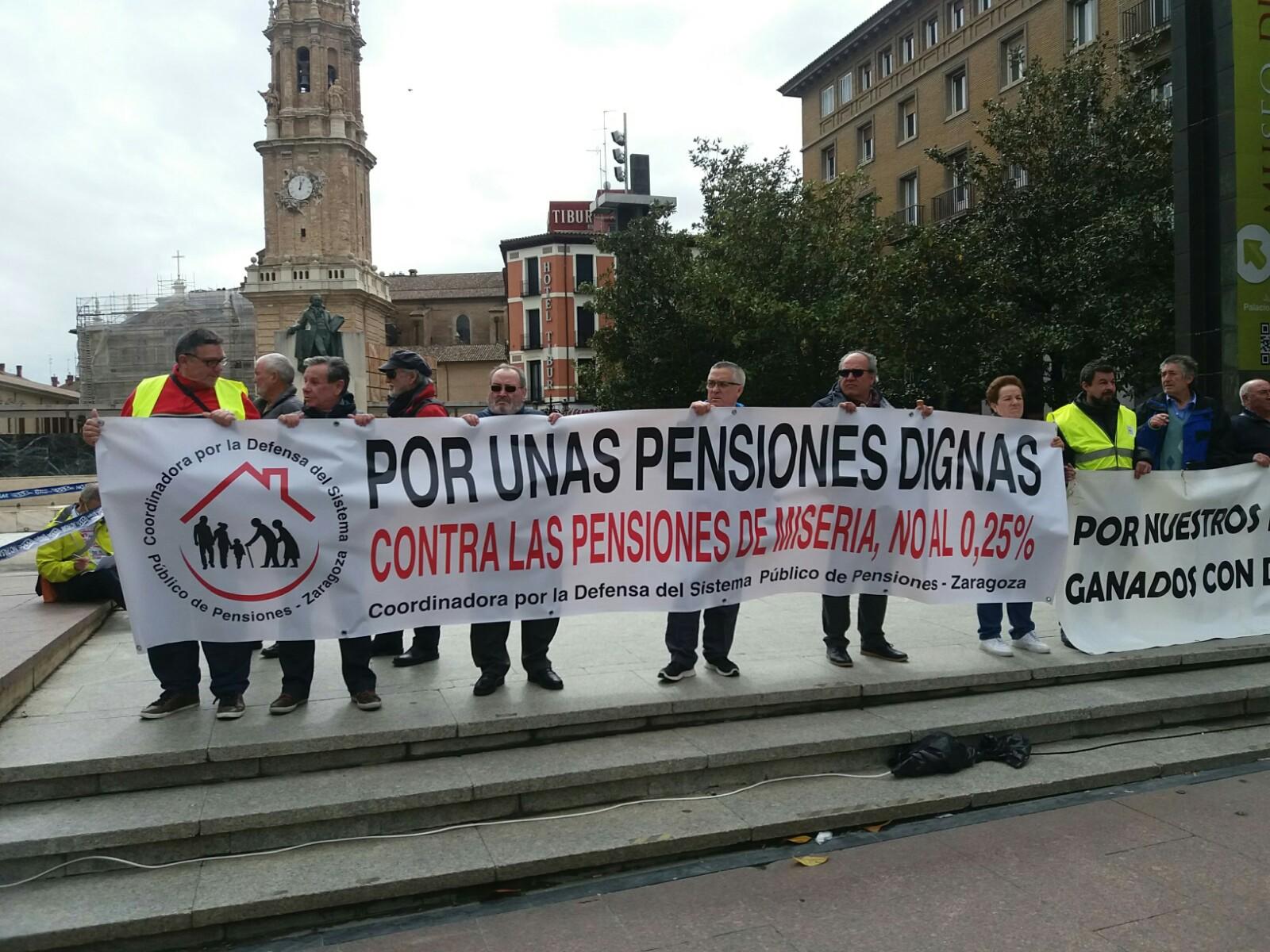 Fotos movilización Pensionistas y jubilados en Zaragoza. 16 de Abril