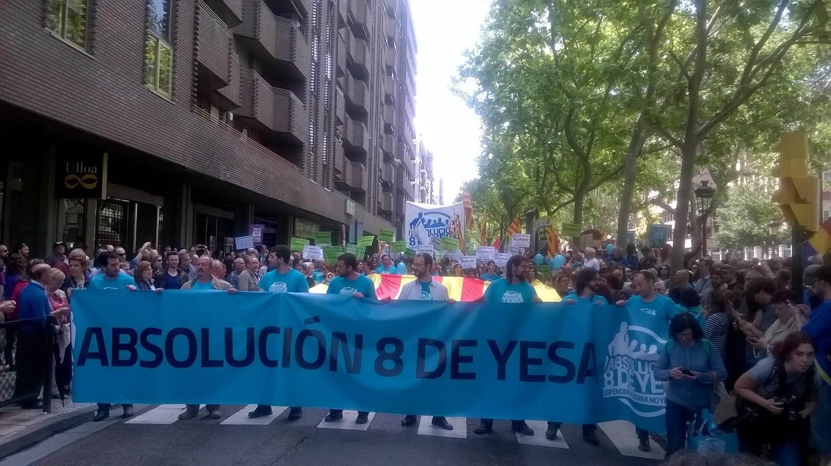 Las Marchas de la Dignidad, Intersindical de Aragón y numerosísimos colectivos, sindicatos de clase, movimientos sociales etc… exigimos la absolución de los 8 de Yesa