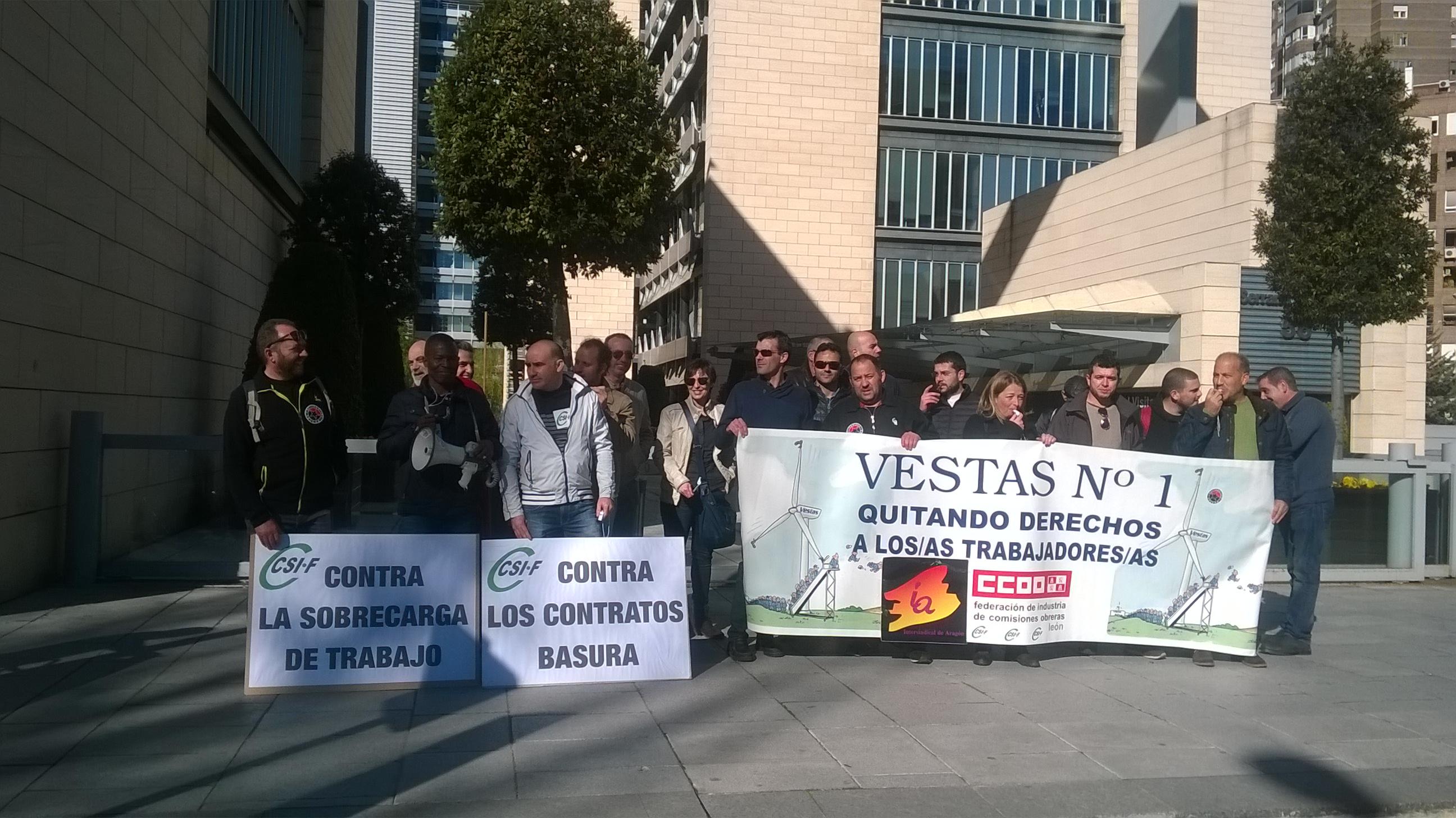 Concentración en Madrid. (videos y fotos) VESTAS EOLICA Nº1, QUITANDO DERECHOS A LOS/AS TRABAJADORES/AS