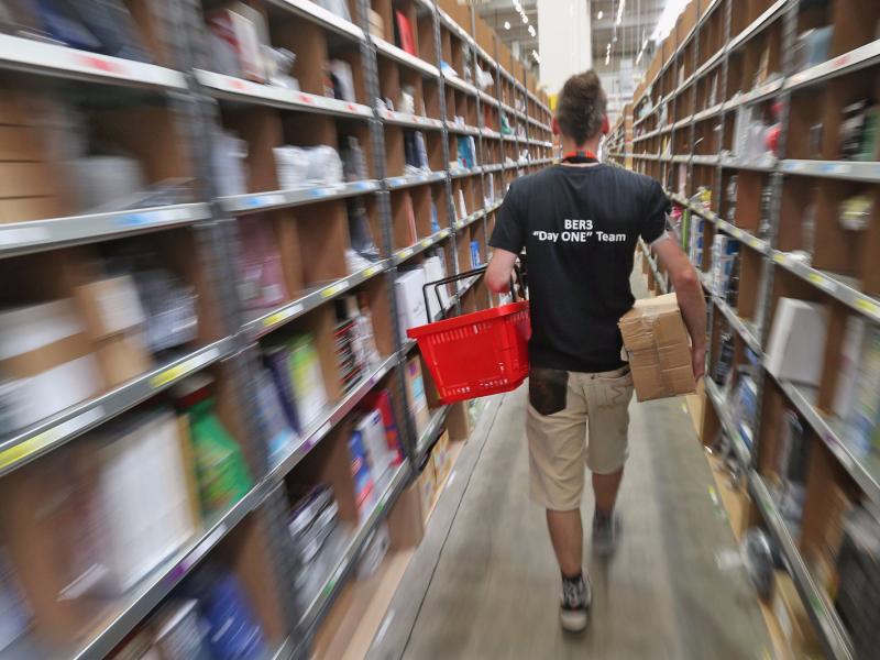 Los empleados de Amazon hacen sus necesidades en botellas de plástico por miedo a ser sancionados