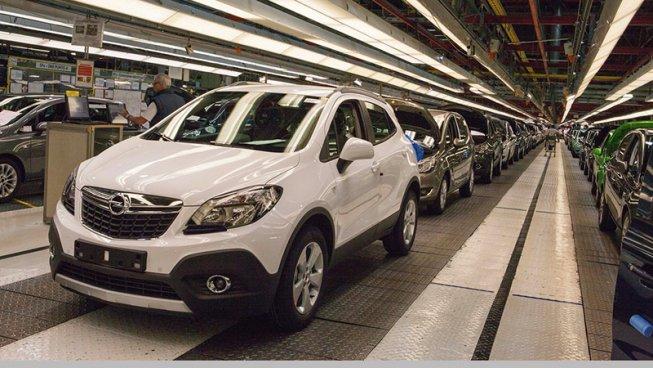 Opel Zaragoza. La campaña del miedo de empresa y burocracia sindical hace pasar el acuerdo de la vergüenza