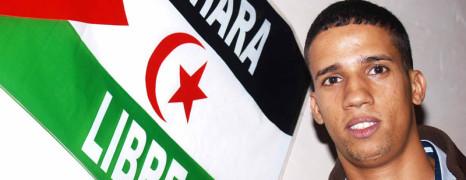 Convocan una huelga de hambre colectiva para pedir al Gobierno que conceda asilo al saharaui Hassana Aalia