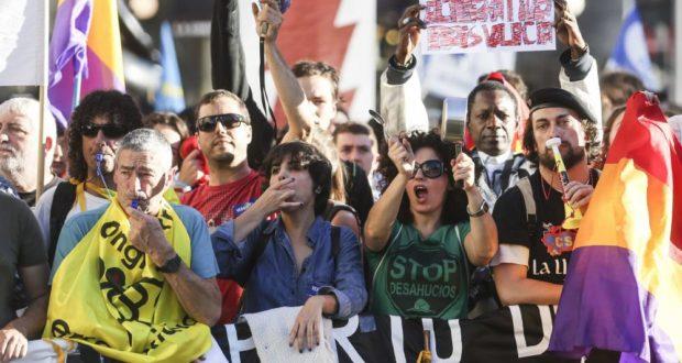 Marchas de la Dignidad. Premios princesa de Asturias de la vergUEnza. Video y abucheos