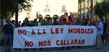 """"""" NO NOS CALLARAN """" GRITA MONZON…"""