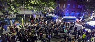 Nueva provocación de grupos neo nazis a La Obrera