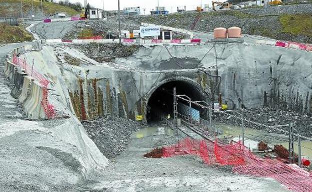 Ya son nueve obreros muertos en las obras del TAV