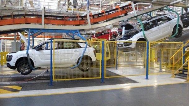 PSA Peugeot ensambla un duro ajuste industrial para su planta de Madrid