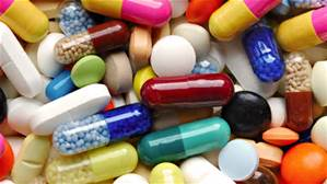 El negocio farmacéutico, bajo la lupa: miles de pacientes mueren por el consumo inadecuado de drogas